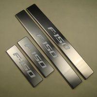 Piastra per batticalcagno per porte interne illuminata in acciaio inox per Ford Raptor F-150 F150 2009-450