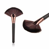 Soft Makeup Large Fan Brush Blush Powder Foundation Make Up ...