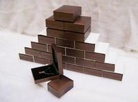 2016 Venta Directa promoción al por mayor 25 piezas de joyería Caja de almacenamiento / caja de regalo caja de empaquetado de Brown para el collar colgante pendientes de la manera