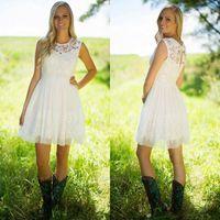 Dama de honra curta veste uma linha branca Jewel Neck País Ocidental Jardim Vestidos de Promoção de Casamento Vestidos de Convidado para o Verão