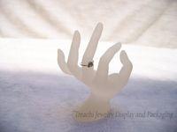 Steht Ring Acryl Ring-Anzeigen Schmuck Anzeige OK-Handform-Halter Weiß