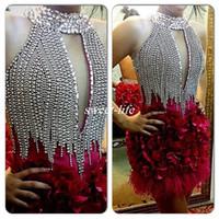 2019 Venta caliente Cristales de cuello alto Hasta la rodilla Vestidos de cóctel Vestidos de fiesta cortos Celebrity Vestidos de baile con plumas atractivas 3D Flores hechas a mano