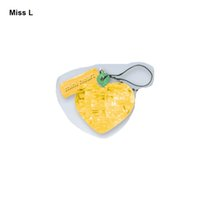 클래식 크리스탈 퍼즐 애호가 옐로우 미니 3D 모델 키즈 귀여운 장난감 크리 에이 티브 게임을위한 실용적인 선물