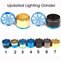 NOUVEAU panaché Mise à jour Grinder Lighting Herb Grinders 63mm en alliage d'aluminium Grinders Clear Top Window Lighting Tooth 4 couches Grinders