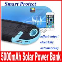 태양 전지 충전기 5000mAh 방수 Shockproof 방진 태양 전원 은행 듀얼 USB 스마트 휴대 전화 패드 태블릿에 대 한 LED 조명