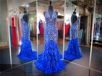 Vestido de fiesta de plumas con cuello en V sirena real azul con lentejuelas y abalorios plateados con volantes vestido de noche de gasa espalda abierta