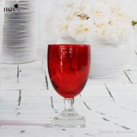 Das Pigment streckte Rotweinglas