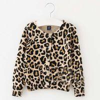 Stickade tröjor leopard crochet cardigan flicka klänning vår höst kappa tjejer toppar barn kläder barnkläder c23275