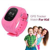 ذائع Q50 ساعة اليد Smartwatch Q50 ساعة ذكية الطفل GPS المقتفي بلوتوث الساعات الذكية جهاز التحكم عن بعد مزدوج تحديد موقع SOS الاطفال