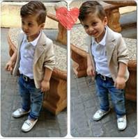 Abiti per neonato + Camicie + jeans 3 pezzi Gentleman Outfit Bambini Set casual per il tempo libero Set di vestiti per bambini in cotone per bambini Top + Pantaloni 0-8Y CQZ051