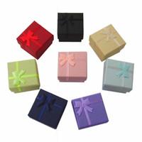 Оптовая 48 шт. / лот мода коробка ювелирных изделий, мульти цвета кольца коробка, ювелирные изделия подарочная упаковка серьги держатель чехол 4 * 4*3 см