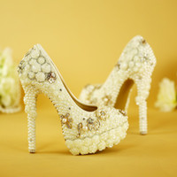 Gorgeous Design Handmade White Wedding Shoes Pearl with Folw...