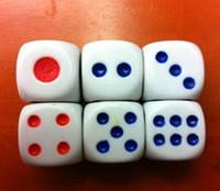 6 faces dés 13mm dés ordinaires routine routine boson fond blanc rouge points bleus KTV Bar discothèque à boire jeu de dés dés bon prix # N2