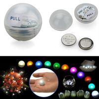 Hotselling 12pcs / set hada de las perlas con pilas del banquete de boda de la bola Mini centelleo de luz LED Bayas los 2CM flotante LED para la decoración de eventos