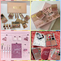 2017 more stock Kylie take me on vacation set Birthday Colle...