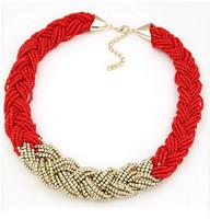 Nuevo Llegada Mujeres Golden Rice Beads BIB Declaración Collar Dama Joyería Chokers Collar para Fiesta Dando regalos Diseño de marca Navidad