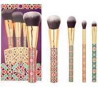 Accesorios ingeniosos Pincel de maquillaje Pincel de maquillaje 5 UNIDS / set Pincel de maquillaje de contorno de ojos con una base de mezcla de maquillaje profesional