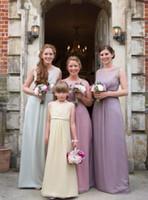 Vestidos de dama de honor de gasa Junior Vestido de dama de honor de color simple elegante con la cinta U escote Catherine Blades vestidos de novia por encargo