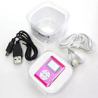 مشغل MP3 صغير الحجم ملون مع مشغل موسيقى بشاشة LCD مقاس 1.2 بوصة يدعم فتحة بطاقة مايكرو SD + سماعة + كابل USB مع صندوق هدايا