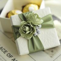 선택에 대한 10PCS 우아 흰색 사탕 상자와 리본 로즈 결혼 선물 호의 상자 색상
