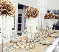 peça central da pena da avestruz do grânulo de cristal para o casamento ou o banquete do flowr
