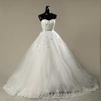 Romantic Beaded Sweetheart Tulle Ball Gown Wedding Dress Wit...