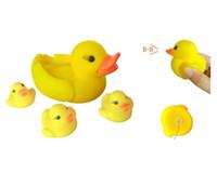 الطفل حمام الأصفر بطة المياه اللعب مضحك لعب الأصوات البط الأصفر المطاط البط 4 قطعة / المجموعة الاطفال الاستحمام الأطفال السباحة شاطئ لعبة الهدايا