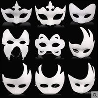 Wholesale-10pcs / lot White Unpainted Face Plain / Blank Version Maschera di pasta di carta DIY Masquerade Masque Spedizione gratuita