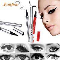 Moda Bellezza Trucco Impermeabile Extreme Black Eyeliner Penna liquida Facile da indossare Di lunga durata
