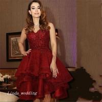 2019 사우디 아라비아 Burgundy Red Short Prom Dress 섹시한 무릎 길이 특별 드레스 파티 드레스 플러스 사이즈 vestido de festa