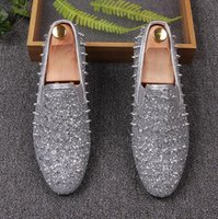 2017 New style high peak Strass Glitter Uomo Mocassini Smoking Slipper Scarpe casual Abito da sposa Appartamenti uomo in vera pelle M16