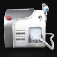 Il laser del ND YAG Q-Switched 2000w per la macchina di rimozione del tatuaggio del labbro della pelle Il pigmento 1064nm 532nm rimuove nuovo