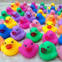 Детская ванна Вода Утки Игрушка Звуки Мини Желтые Красочные Резиновые Утки Детские Ванны Маленькая Утка Игрушка Детские Пляжные Подарки CCA7317 600 шт.