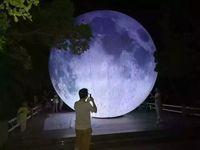 (متجر متخصص) كرة القمر القابلة للنفخ شملت القمر الاصطناعي محاكاة القمر LED ، مضخة الهواء ، واستخدام للحزب الكبير ، celebra المهرجان