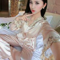 Atacado- 2017 novo pijamas de seda de cetim de manga comprida feminino primavera outono bonito bordado tamanho grande pijamas senhoras lingerie sexy nightwear