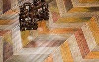 Colorful Chevron Fishbone in legno Medaglione di medaglione intarsiato intarsiato di contrassegno di magliatura ceramica PVC piastrelle ingegnerizzato in legno di legno tappeti ceramici tappeto sfondo