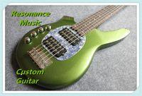 ボンゴ音楽男6文字列ベースエリンボールスティーズレイメタリックグリーンエレクトリックギター9VバッテリーアクティブピックアップモップPickguard Chromeハードウェア
