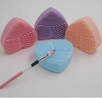 Profissional Make Up Brushes Escova de Silicone Do Coração Mais Limpo Ovo Escovas De Limpeza Mais Limpo Luva Brushegg Cosméticos Ferramentas DHL