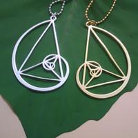collar de triángulo de oro al por mayor 20pcs / lot - Fibonacci - proporción de oro con el envío libre de la cadena de los 50cm