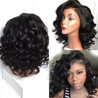 Perruque de cheveux humains en dentelle ondulée courte pour les femmes