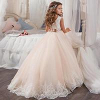Little Queen Robe en dentelle blanche fille de fleur Robes de soirée de mariage de perles enfants de robe Waistline 2021 Hot vente 03