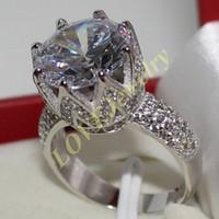 Boyutu 6,7,8,910 Lady's 925 Gümüş Büyük Yuvarlak Beyaz Safir CZ Asfalt Alyans Takı Kadınlar Için