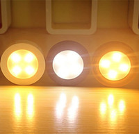 Wholesale  Portable 4 LED Bulb Battery Lights Round Shape Lighting Touch  Sensor Switch Lamp Wall Mount Ceiling Mount Light Luz Lampara