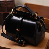 2018. Women's Bags. Cowhide. Leisure fashion handbag. Genuine leather. Small. Mini.Cross Body.Shoulder Bags.Totes.Luxury.