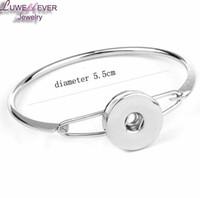 Bracelet en acier inoxydable de haute qualité 005 bracelets pour femmes adaptées à 18mm boutons-pression Charme interchangeable bijoux de bricolage