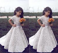 2018 Full Lace Flower Girl Dresses per matrimoni gioiello scollatura maniche corte su misura Abiti da pagaia da ragazze personalizzate A-line Abito da compleanno per bambini