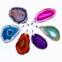 Commercio all'ingrosso 10 pezzi popolare multi colorato fetta geode forma irregolare druzy agata pietra di quarzo ciondolo gioielli di moda
