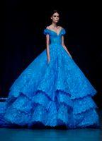 قبالة الكتف مايكل سينكو الملكي الأزرق الكرة بثوب فساتين السهرة الرسمية فستان المشاهير الرباط مساء أثواب appliqued المتدرج الطبقات القطار