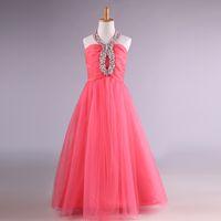 Vestido de niña de flores de tul largo con cuentas de cristal Vestido de comunión con cuello halter Longitud del piso Vestidos de baile para niños