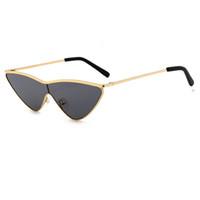 Sıcak Seksi Kedi Göz Güneş Kadınlar Retro Kırmızı Küçük Üçgen Vintage Ray Güneş Gözlükleri FemaleClout Gözlükler UV400L144